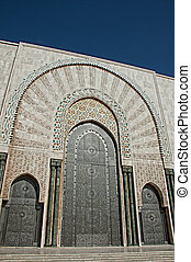 The entrance doors of the El Hassam II Mosque