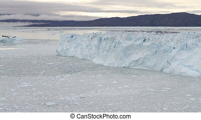 The Eqi glacier calving