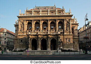 State Opera House - The facade of the State Opera House, in...