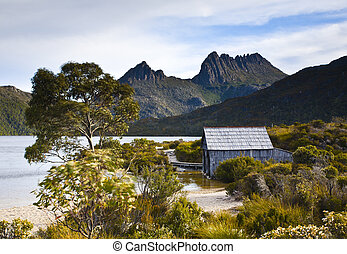 The famous boat shed on Dove Lake, Cradle Mountain,...
