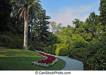 The flowerbeds in Villa Carlotta
