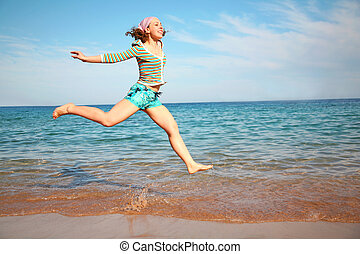 The girl in flight about the sea