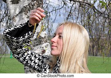 The girl near a birch