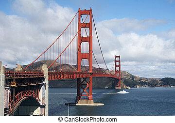 Golden Gate Bridge, San Francisco - The Golden Gate Bridge,...