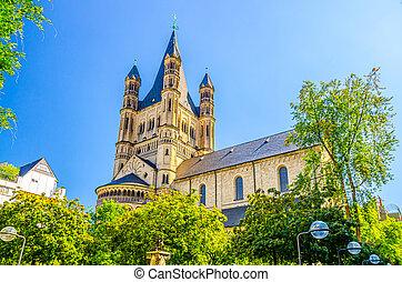 The Great Saint Martin Roman Catholic Church Romanesque architecture style building