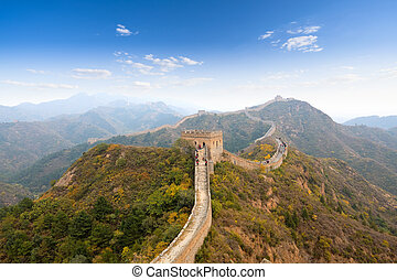 the great wall at autumn - the great wall of china in autumn...