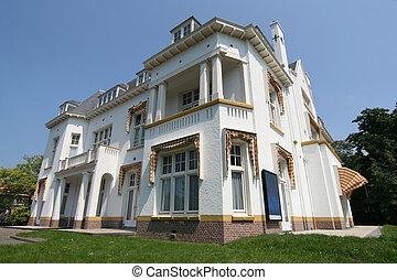 The Hague Villa - White villa in The Hague, Netherlands