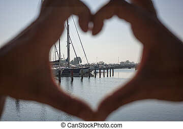 The heart in the harbor