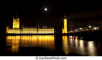 The houses of parliament and Big Ben illuminated at night