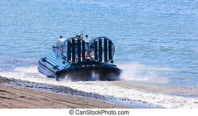 The Hovercraft on Pasific ocean in kamchatka Peninsula - ...