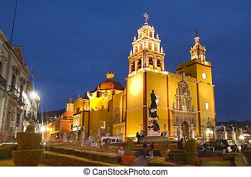 the iconic yellow church in guanajuato, mexico