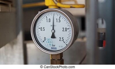 The instrument shows the pressure gauge