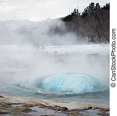 Geysir - The ?ititial pressure bubble of steam from the ...