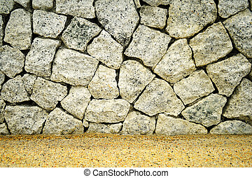 the level of stone wall  with natural arragement