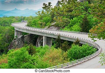 Linn Cove Viaduct - The Linn Cove Viaduct. Part of the Blue...