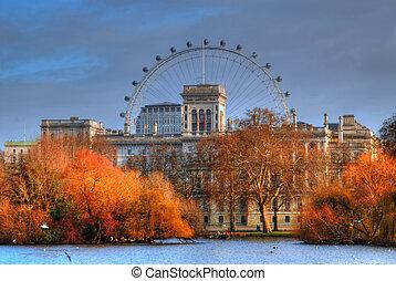 London Eye - The London Eye during early morning light