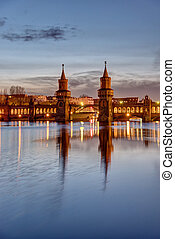 The lovely Oberbaum Bridge at dawn - The lovely Oberbaum...