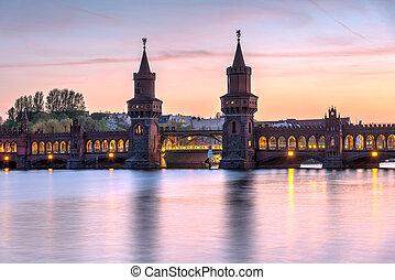 The lovely Oberbaumbruecke across the river Spree in Berlin...