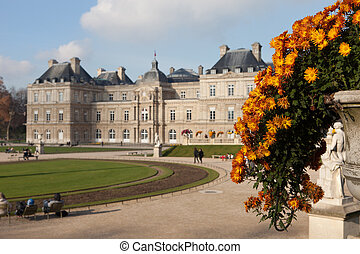 The Luxembourg Palace in Paris, France - Selective focus on flowers