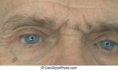 The man eyes