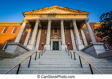 The Maryland State House in downtown Annapolis, Maryland.
