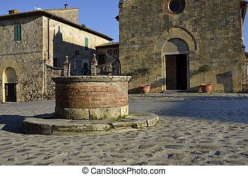 The medieval well in Monteriggioni