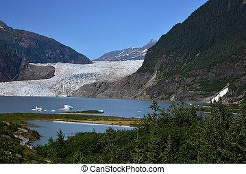 Mendenhall Glacier - The Mendenhall Glacier in Juneau,...