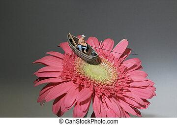the mini of figure fishing on daisy