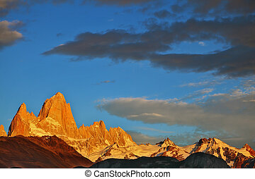 The Mount Fitzroy - The magnificent sunrise over Mount...