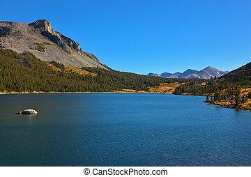 The mountains and azure lake Tioga