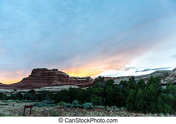 The Needles area of Canyonlands - Sunset at the Needles ...