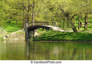 The old bridge in park (2)
