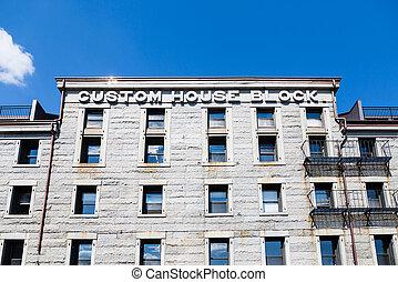 Custom House Block