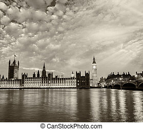 The Palace of Westminster and Big Ben Tower at dusk in London