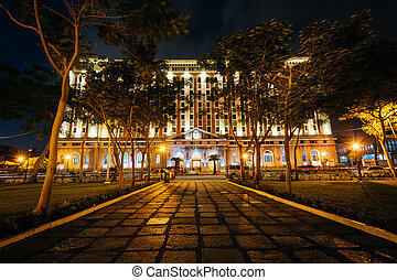 The Palacio del Gobernador at night in Intramuros, Manila,...