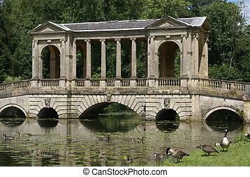 The Palladian Bridge, England - The Palladian Bridge in the...