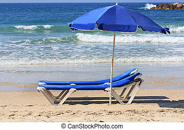 The parasol and longue