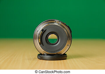 The Photo Lens Back - Compact photo lens 40mm f2.8 pancake ...