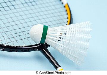 badminton shuttlecock - the photo shot of badminton ...