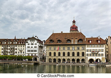 embankment of Reuss river in Lucerne - The picturesque ...