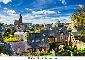 The picturesque medieval port of Dinan on the Rance Estuary, Brittany (Bretagne), France