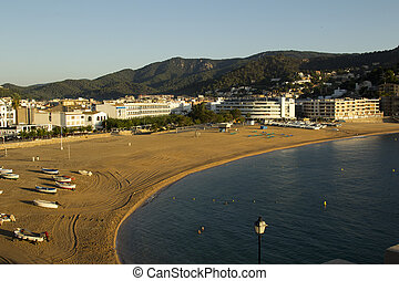 The picturesque town of Tossa de Ma - Mar Grand Beach is ...