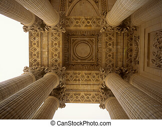 The pillars of Pantheon.