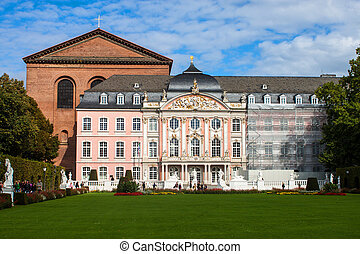 The prince electors palace and the roman basillica in Trier,...