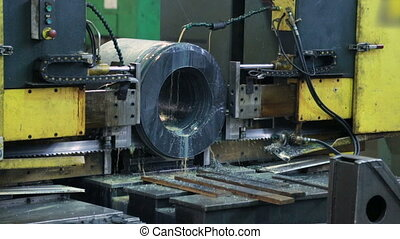 The process of cutting workpiece on machine