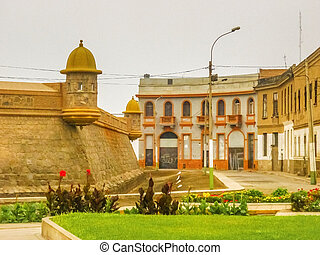 The Real Felipe Fortress in Lima Peru - The Real Felipe...