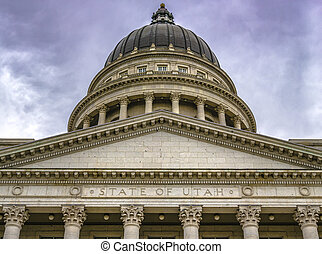 The remarkable State Capital Building in Utah