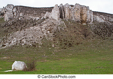 The rocky outcrop is located in the Upper Cretaceous of the Constantine region Donetsk region near the village Belokuzminovka Ukraine