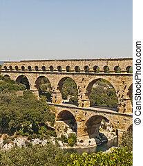 The Roman Aquaduct - Pont du Gard - The Roman Aquaduct Pont...