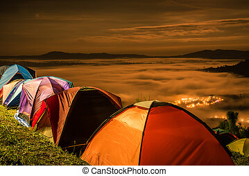 The sea of fog with tent